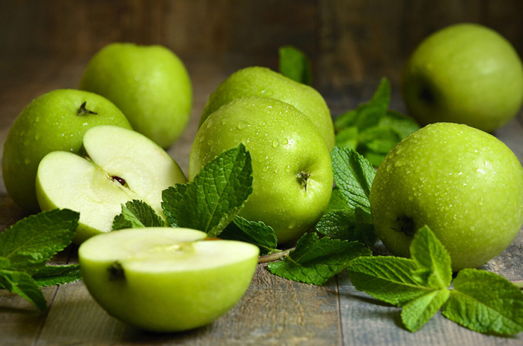 Стихи про яблоки