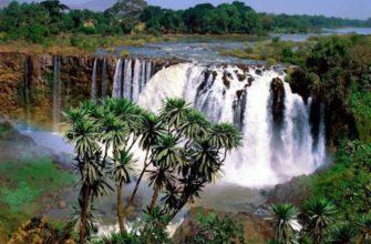 Полноводная река африки