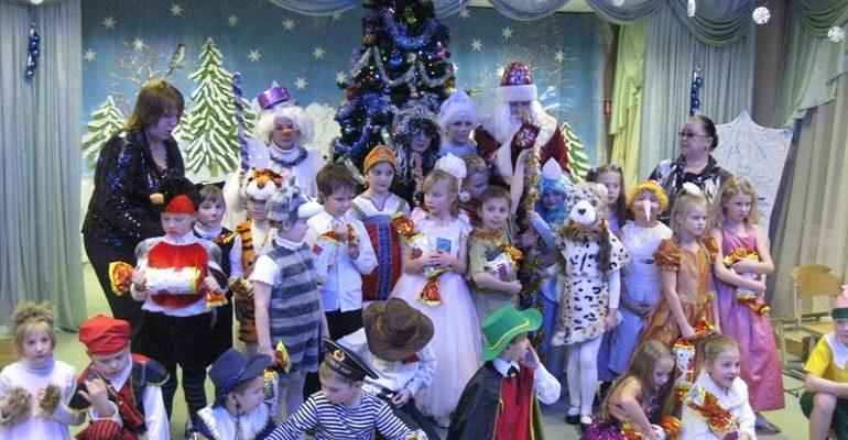 Новогодние сценки для детей начальной школы